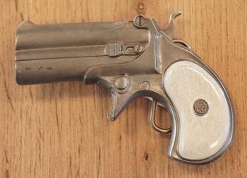 "Belt buckle  "" Revolver met dubbele loop """