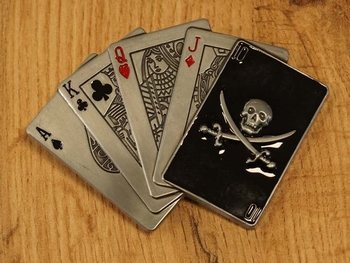 """Belt buckle  """" Speelkaarten + doodskop kaart """""""