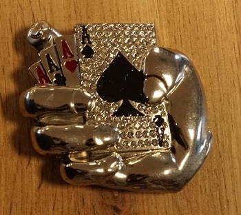 "Buckle ""  Pokerhand """