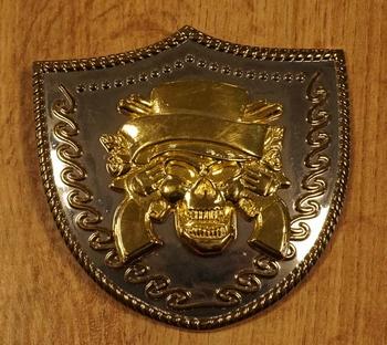 """Buckle  """" Doodskop met revolvers """"  zilver- / goudkleurig"""