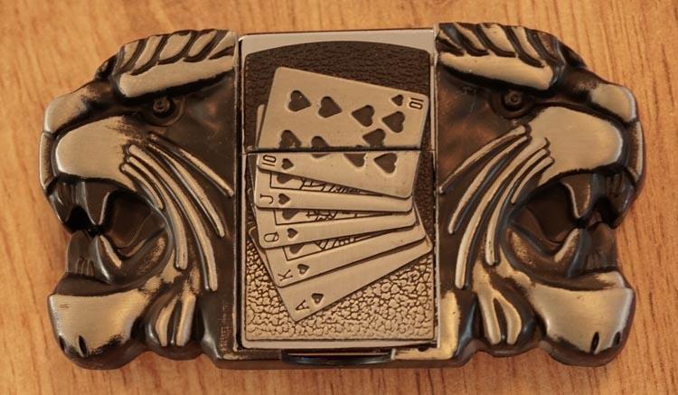 """Aansteker buckle """"  Pokerhand / leeuwenkoppen """""""