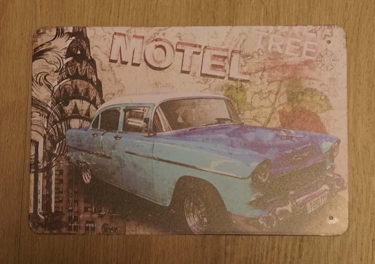 """Billboard  """" Blauw auto bij motel """""""