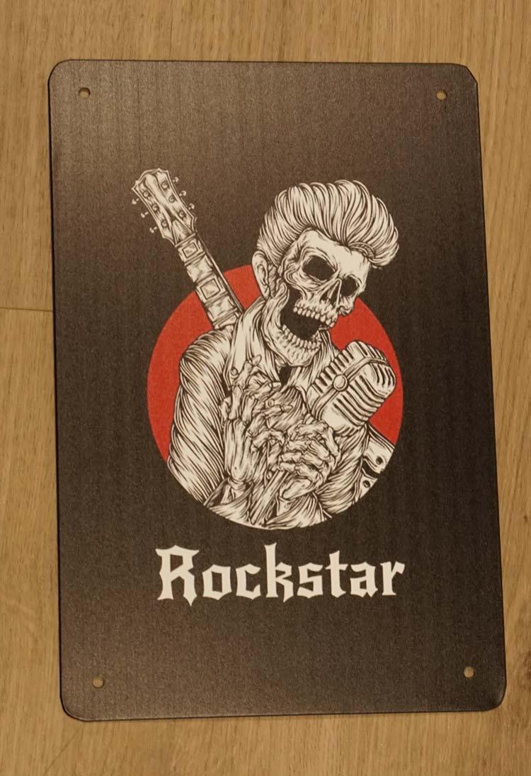 "Billboard "" Rockstar "" Zingende skellet"