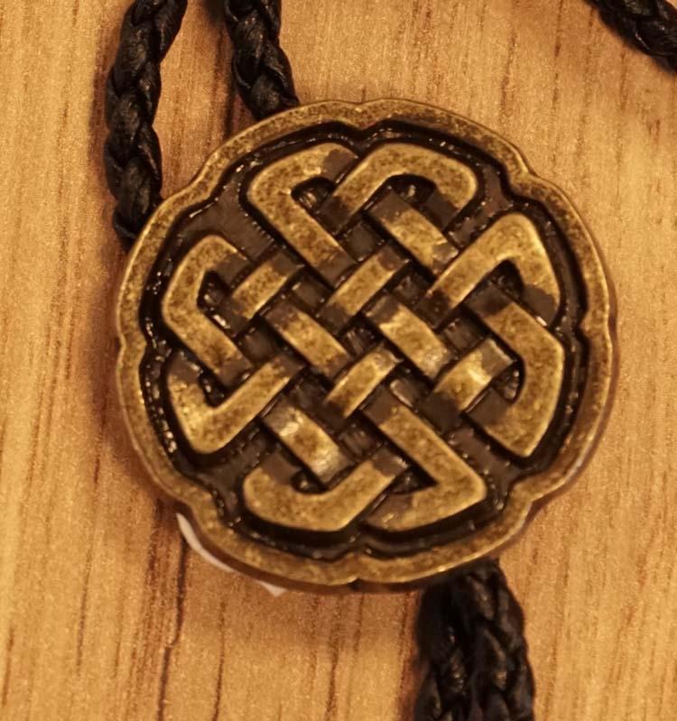"""Bolo tie  """" Keltische knoop """"  koperkleurig"""
