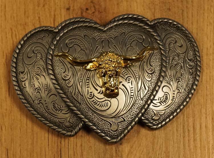 """Buckle  """" Longhorn goudkleurig op hartjes """""""