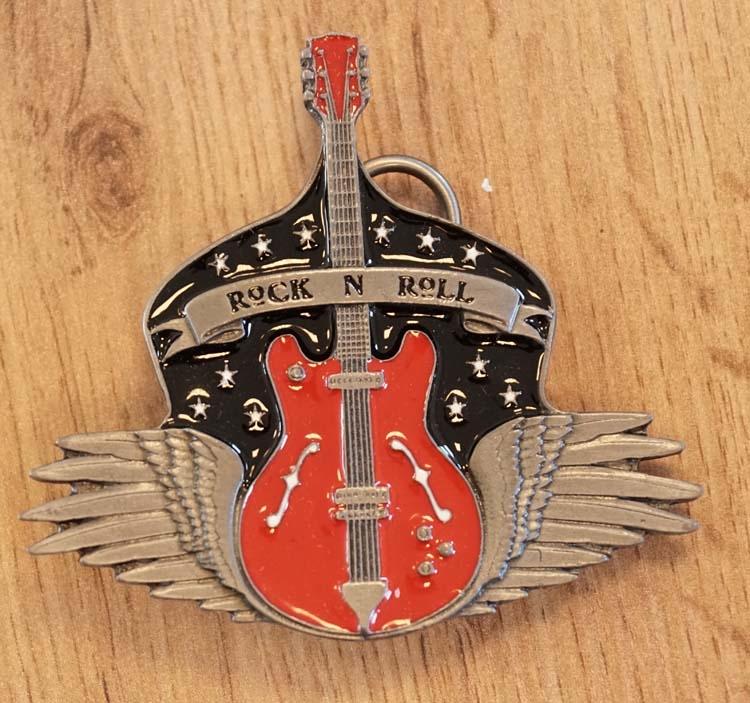 """Buckle  """" Rock 'n Roll """" gitaar met vleugels"""