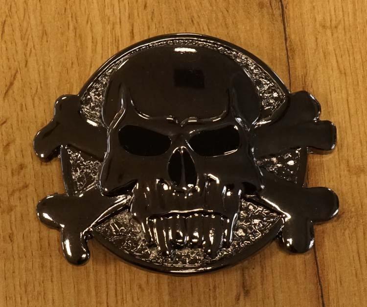 "Buckle  "" Skull with bone """