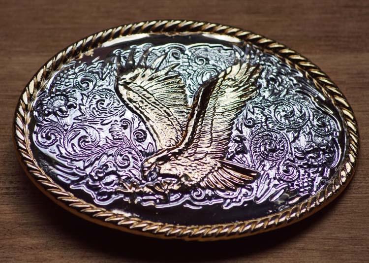 """Buckle  """" Vliegende adelaar """"  Zilverkleurig / goudkleurig"""