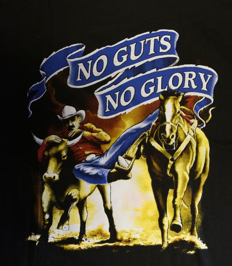 "T-shirt  "" No gus, no glory ""   Zwart"