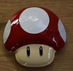 """Buckle  """" Super Mario """"   Mushroom  Rood / wit"""