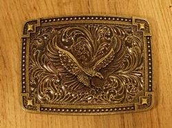 "Siergesp "" Aanvallende adelaar ""  Zilver / goudkleurig"