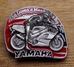 "Buckle / gesp  "" Yamaha ""  She loves a man With  UITVERKOCHT"