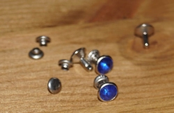 """Studs glitter steenje  """" Blauw """""""