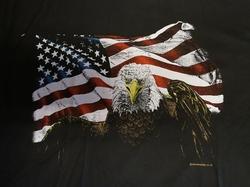 "T-shirt  "" Adelaar + Americaanse vlag ""  Zwart"