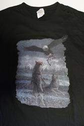 """T-shirt  """" Wolven met adelaar  """"   Zwart"""