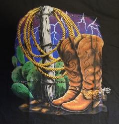 """T-shirt  """" Cowboy laarzen met lasso """"   Zwart"""