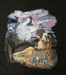 """T-shirt  """" Wolvenkop in de lucht met indiaanse """"   Zwart"""