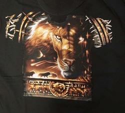 """T-shirt voorkant en achterkant bedrukt """" Leeuw """"  Zwart"""