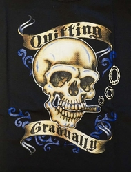 "T-shirt  "" Quitting gradualig ""  zwart"