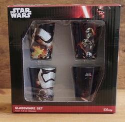 Glazenset  Star Wars   set bestaat uit 4 glazen